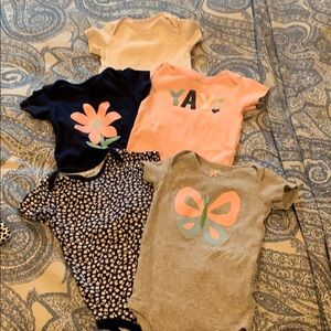 Carter's 12 month girl bodysuit